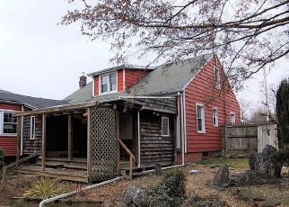 Foreclosed Home in Columbia 17512 POPLAR ST - Property ID: 4525660355