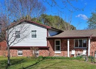 Foreclosed Home in Sikeston 63801 COUNTY HIGHWAY 473 - Property ID: 4525729557