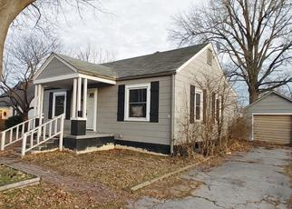 Foreclosed Home in Sikeston 63801 LAKE ST - Property ID: 4525730438