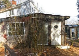 Foreclosed Home in Salina 15680 POINT ST - Property ID: 4525799188