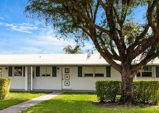 Foreclosed Home in Boynton Beach 33426 LEISURE LAKE CIR - Property ID: 4525883735