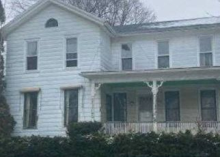 Foreclosed Home in Livonia 14487 LINDEN ST - Property ID: 4525986210