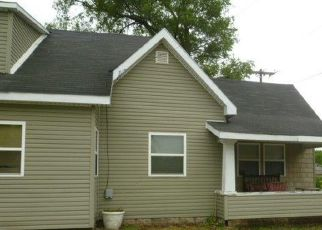 Foreclosed Home in Marion 46952 E CHARLES ST - Property ID: 4526024759