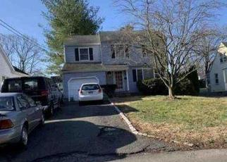 Foreclosed Home in Norwalk 06851 CARLIN ST - Property ID: 4526028703
