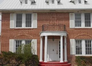 Foreclosed Home in Crystal City 78839 E VALVERDE ST - Property ID: 4526046212