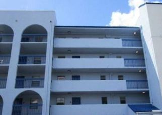 Foreclosed Home in Miami 33172 FONTAINEBLEAU BLVD - Property ID: 4526065936