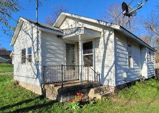 Foreclosed Home in Des Moines 50317 E 40TH CT - Property ID: 4526091323