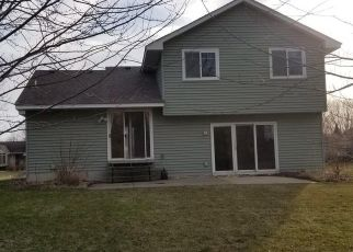 Foreclosed Home in Rogers 55374 RED FOX RD - Property ID: 4526097904