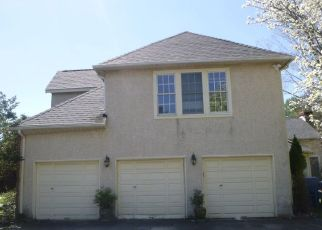 Foreclosed Home in Blue Bell 19422 MALLARD CIR - Property ID: 4526128558