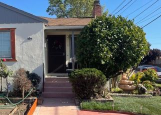 Foreclosed Home in Oakland 94603 106TH AVE - Property ID: 4526169730