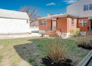 Foreclosed Home in Bronx 10469 HERING AVE - Property ID: 4526180227