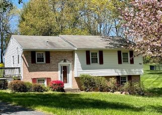 Foreclosed Home in Damascus 20872 VIEWLAND DR - Property ID: 4526219660
