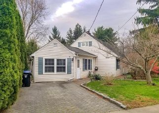 Foreclosed Home in Red Bank 07701 ROOSEVELT CIR W - Property ID: 4526236738