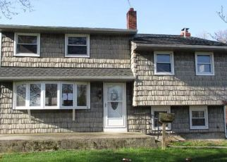 Foreclosed Home in Pennsville 08070 PATERSON AVE - Property ID: 4526238486