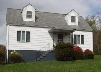 Foreclosed Home in Hopwood 15445 CRAIG LN - Property ID: 4526293227