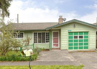Foreclosed Home in Portland 97216 SE SALMON ST - Property ID: 4526295421