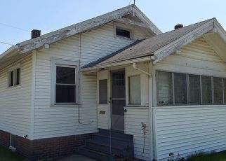 Foreclosed Home in Fort Wayne 46802 RIEDMILLER AVE - Property ID: 4526373378