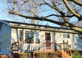 Foreclosed Home in Imlay City 48444 HANDLEY ST - Property ID: 4526389591
