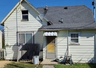Foreclosed Home in Elwood 46036 S B ST - Property ID: 4526402737