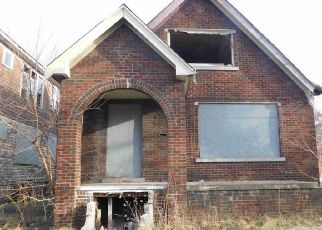 Foreclosed Home in Detroit 48205 WALTHAM ST - Property ID: 4526512659