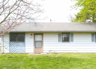 Foreclosed Home in Cassville 65625 W 3RD ST - Property ID: 4526663315
