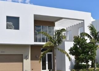 Foreclosed Home in Miami 33178 NW 75TH ST - Property ID: 4526670776
