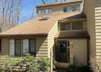 Foreclosed Home in Torrington 06790 LEDGE DR - Property ID: 4526719829