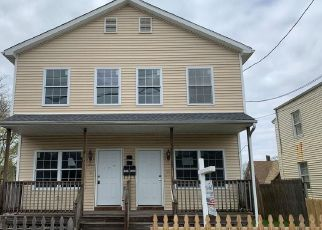 Foreclosed Home in Bridgeport 06610 CENTRAL AVE - Property ID: 4526727257