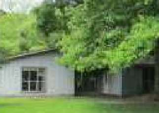 Foreclosed Home in Middleburg 32068 GREENWOOD LN E - Property ID: 4526845521