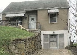 Foreclosed Home in Newport 41076 MAIN AVE - Property ID: 4526866992