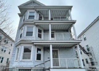 Foreclosed Home in New Bedford 02744 BROCK AVE - Property ID: 4526870934