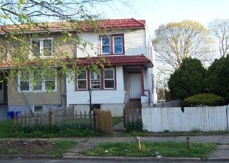 Foreclosed Home in Camden 08104 N CONGRESS RD - Property ID: 4526894571