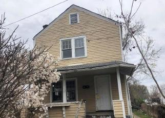 Foreclosed Home in Huntington 25701 DOUGLAS ST - Property ID: 4526925225