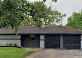 Foreclosed Home in Baytown 77523 STAPLES DR - Property ID: 4526943181
