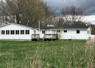 Foreclosed Home in Columbiaville 48421 KLAM RD - Property ID: 4527042157