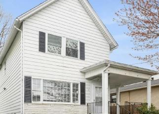 Foreclosed Home in Scranton 18512 WILLOW ST - Property ID: 4527062310