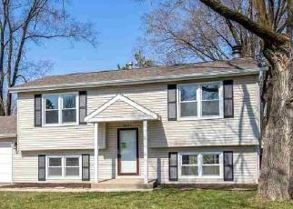 Foreclosed Home in Rockford 61109 BAVARIAN LN - Property ID: 4527088594