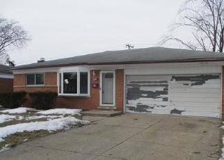 Foreclosed Home in Warren 48091 THOMAS DR - Property ID: 4527091666