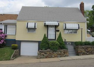 Foreclosed Home in New Kensington 15068 RICHMOND ST - Property ID: 4527111364
