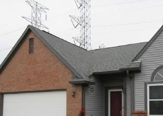 Foreclosed Home in Indianapolis 46221 DECATUR COMMONS - Property ID: 4527215611