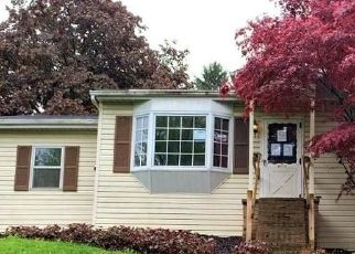 Foreclosed Home in Mechanicsburg 17050 CANNON DR - Property ID: 4527242769