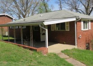 Foreclosed Home in Coraopolis 15108 FAWCETT ST - Property ID: 4527252392