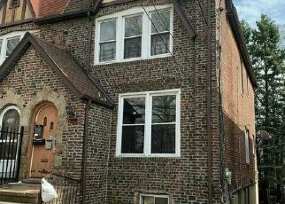 Foreclosed Home in Bronx 10466 NEREID AVE - Property ID: 4527317207