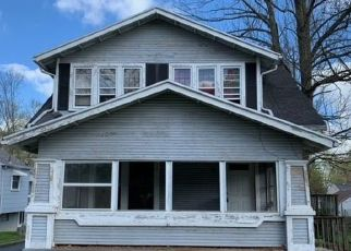 Foreclosed Home in Dayton 45405 W NOTTINGHAM RD - Property ID: 4527334739