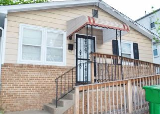 Foreclosed Home in Brentwood 20722 39TH AVE - Property ID: 4527355314