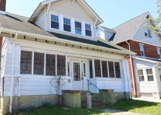 Foreclosed Home in Woodbury 08096 CURTIS AVE - Property ID: 4527373271