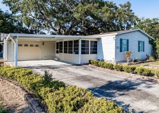 Foreclosed Home in Zephyrhills 33542 NEWAL AVE - Property ID: 4527421904