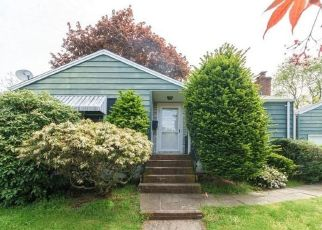 Foreclosed Home in Norwalk 06850 MAGNOLIA AVE - Property ID: 4527471829
