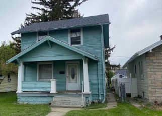 Foreclosed Home in Fort Wayne 46806 CENTRAL DR - Property ID: 4527505544