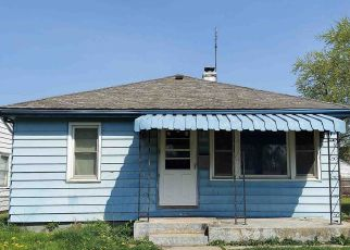 Foreclosed Home in Fort Wayne 46802 BEVEL AVE - Property ID: 4527506866
